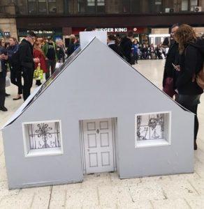 RIAS cardboard display house